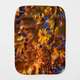 Japanischer Ahorn-Blätter Baby Spucktuch