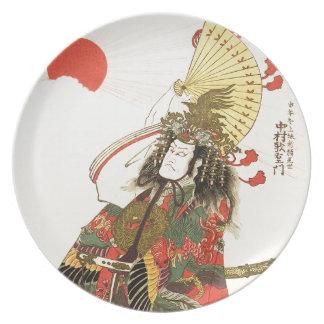 Japanischer Schauspieler als Samurai-Militärführer Teller