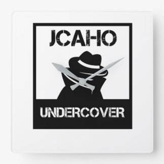 JCAHO Undercover Quadratische Wanduhr