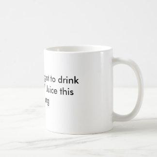 Jemand vergaß, ihren dankbaren Saft zu trinken Tasse