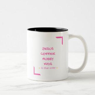 Jesus, Kaffee, Ehemann, Hubby, Kinder in diesem Zweifarbige Tasse