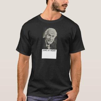 Jung am Herzen T-Shirt