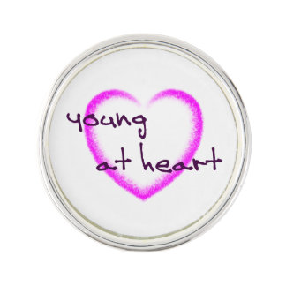 Junge am Herzen Anstecknadel