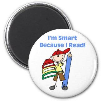 Junge Smart, weil ich las Runder Magnet 5,7 Cm