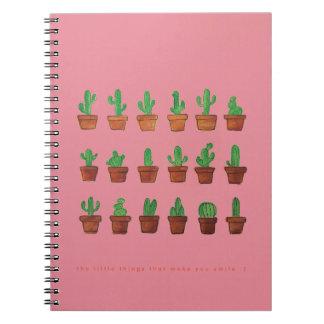 Kaktus auf rosa Zeitschriften-NotizbuchSketchpad Spiral Notizblock
