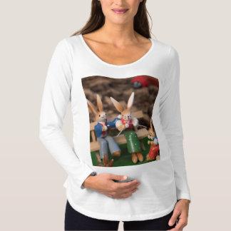 Kaninchen-Familie Ostern Umstands-T-Shirt