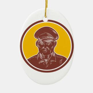 Kapitän zur See-Porträt-Holzschnitt-Kreis Ovales Keramik Ornament