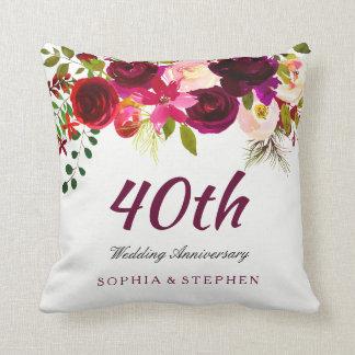 Karminroter roter Blumen40. Hochzeitstag Kissen