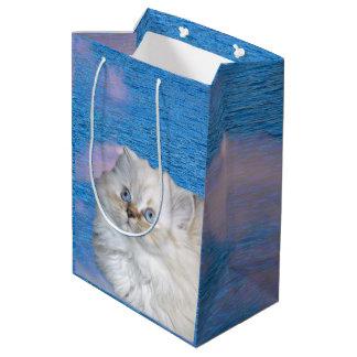 Katze und Wasser Mittlere Geschenktüte