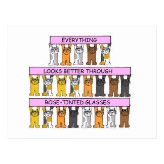 Katzen, die Rose-abgetönte Gläser tragen Postkarte