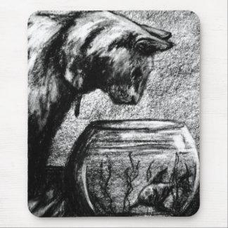 Katzen-Katze, die beim Fishbowl Mousepads