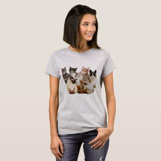 Katzen, Katzen und Katzen T-Shirt