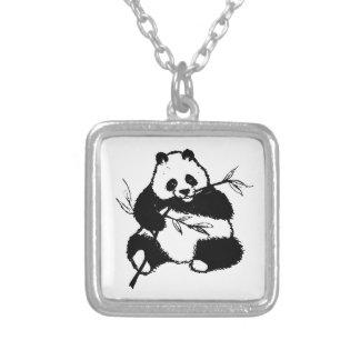 Kauen des Pandas Versilberte Kette