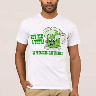 Kaufen Sie mich, den eines Bier-St Patrick Tag T-Shirt
