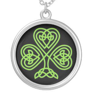 Keltische Kleehalskette Versilberte Kette