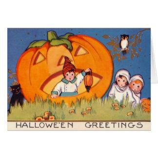 Kinder Halloween, großer Kürbis, alte Mode, Grußkarte