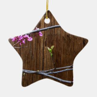 Kirschbaum-Blüten und hölzerner Pole Keramik Stern-Ornament