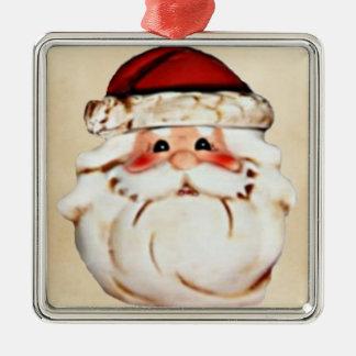 Klassischer Weihnachtsmann stellen gegenüber Silbernes Ornament