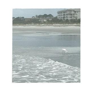 Kleiner Reiher auf dem Strand Notizblock