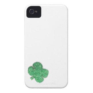 Kleines Perlen-Kleeblatt iPhone 4 Case-Mate Hülle