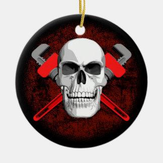 Klempner-Schädel und Schlüssel Keramik Ornament