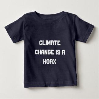 Klimawandel ist ein Hokuspokus Baby T-shirt