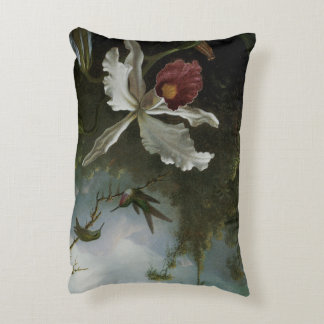 Kolibris und weiße Orchidee durch Martin J. Heade Zierkissen