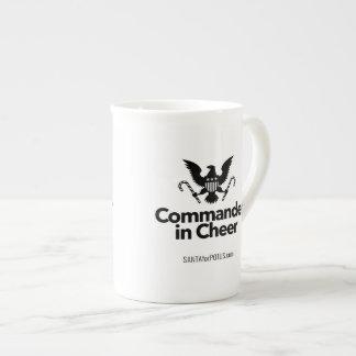 """Kommandant im Beifall"" Knochen-China-Tasse Porzellan-Tasse"