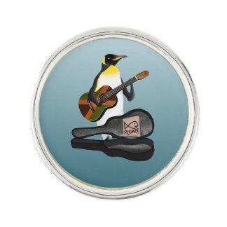 König Pinguin Busking Anstecknadel