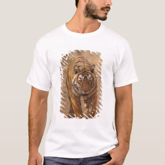 Königliche bengalische Tiger auf der Bahn, T-Shirt
