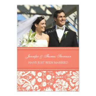 Korallenrote Damast-Foto-gerade verheiratete 12,7 X 17,8 Cm Einladungskarte