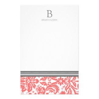 Korallenrotes Damast-Hochzeits-Monogramm-Briefpapi Personalisiertes Büropapier