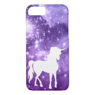 Kosmische lila Magie hat weißen Unicorn in der iPhone 7 Hülle