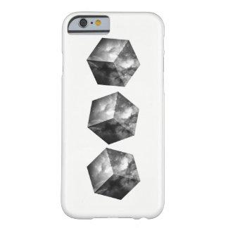 Kosmische Raum-Würfel - Schwarzweiss Barely There iPhone 6 Hülle
