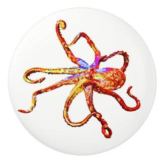 Kraken-rotes Gelb Keramikknauf