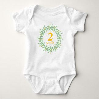 Kranz 2 Monate kundenspezifische Baby Strampler