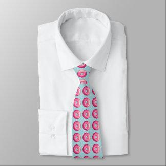 Krapfen mit rosa Zuckergusse und besprüht Personalisierte Krawatten