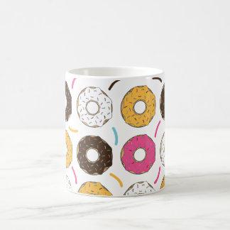 Krapfen u. besprüht kaffeetasse