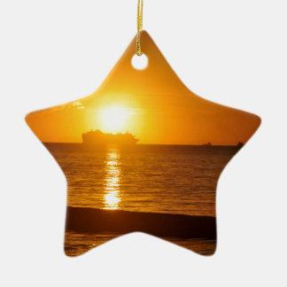 Kreuzfahrt am Sonnenuntergang Keramik Stern-Ornament