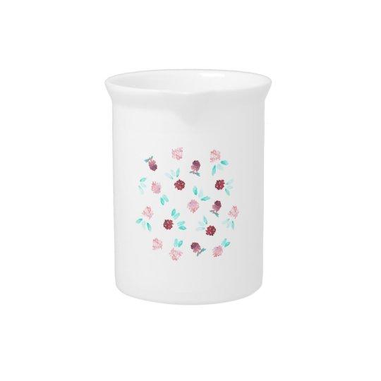 Krug mit Klee-Blumen