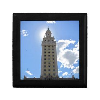 Kubanischer Freiheits-Turm in Miami Schmuckschachtel