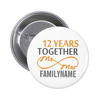 Kundenspezifischer Herr und Frau 12. Jahrestag Runder Button 5,7 Cm