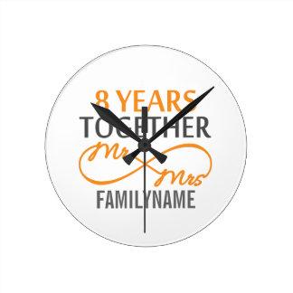 Kundenspezifischer Herr und Frau 8h Jahrestag Uhren