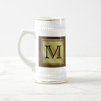 Kundenspezifisches Monogramm-Druckbild. Brown Bierkrug