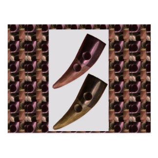 Künstlerische HORN Handwerks-Krawatte KNÖPFE Postkarte