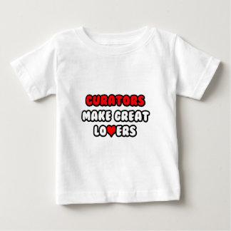 Kuratoren machen große Liebhaber Baby T-shirt