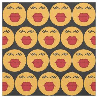 Küssen des kundenspezifischen Gewebes des Emoticon Stoff