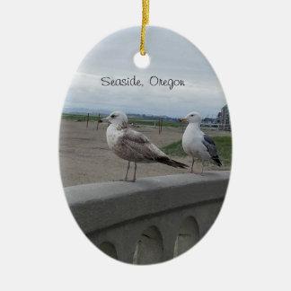Küsten-Oregon-Seemöwen auf der Keramik Ornament