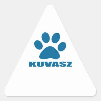 KUVASZ HUNDEentwürfe Dreieckiger Aufkleber