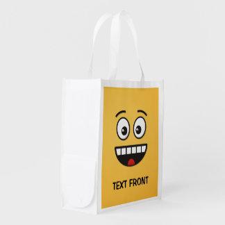 Lächelndes Gesicht mit offenem Mund Wiederverwendbare Einkaufstasche